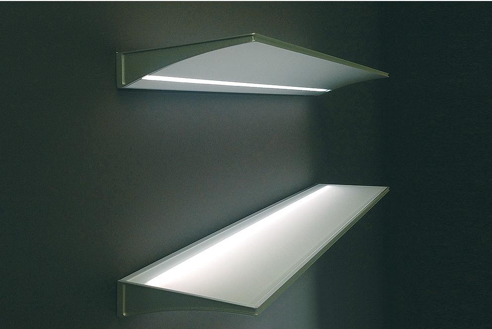 Opbouwverlichting led 1814 verlicht glazen schap in de for Led verlichting massive